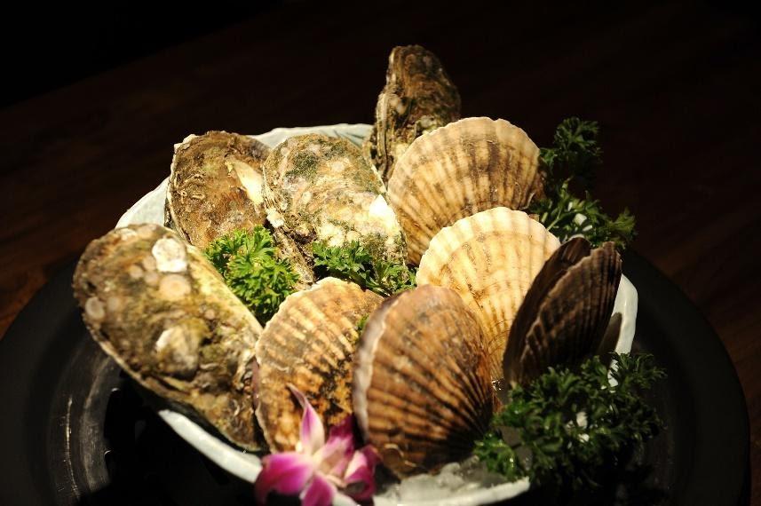 Bouquet de coquilles saint jaques de baies